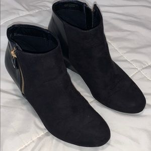 ❤️Darling black leather & suede REPORT booties sz8